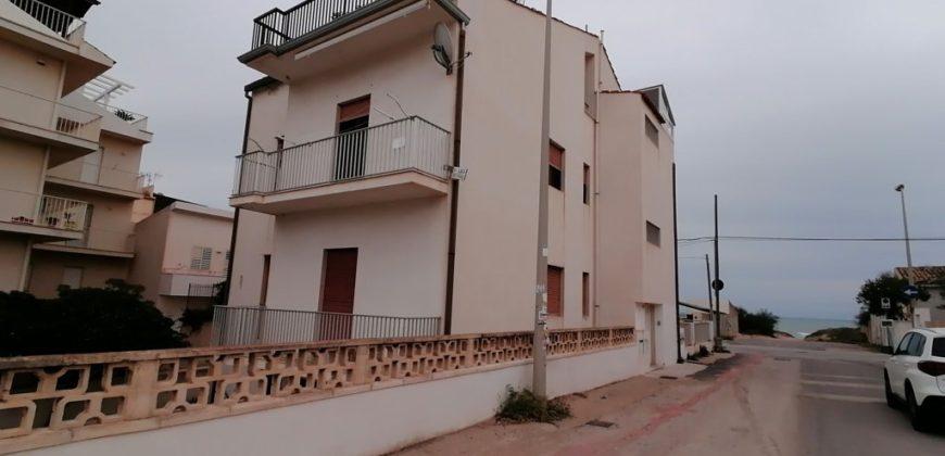appartamento a 15 metri dal mare