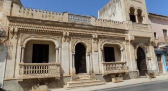 casa nobiliare con corte interna