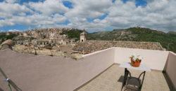 casa con terrazzo panoramico