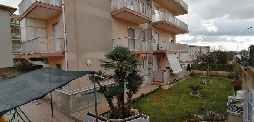 appartamento con giardino