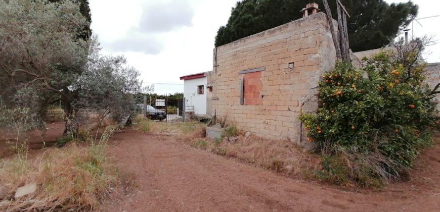 casa in pietra con terreno